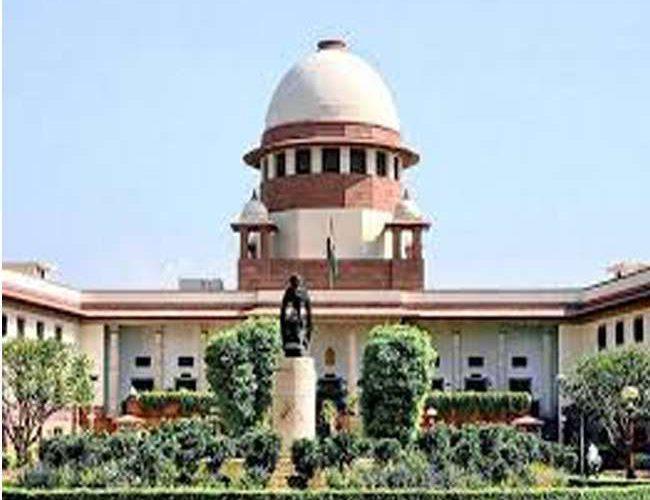 Maharashtra govt formation live updates: Supreme Court to pass order on Maharashtra at 10.30am on Tuesday