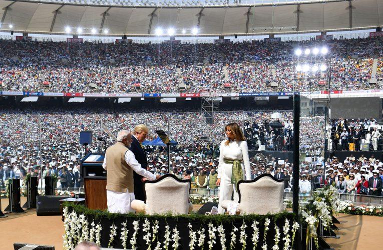 Modi holds huge rally for U.S. president's India visit