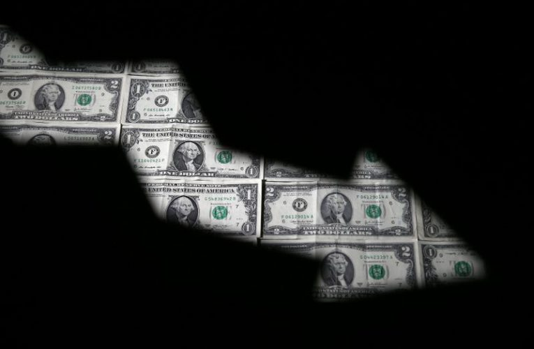 Dollar stumbles as coronavirus ramps up Fed cut bets